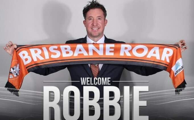 Robbie Fowler teknik direktör oldu! İşte takımı...