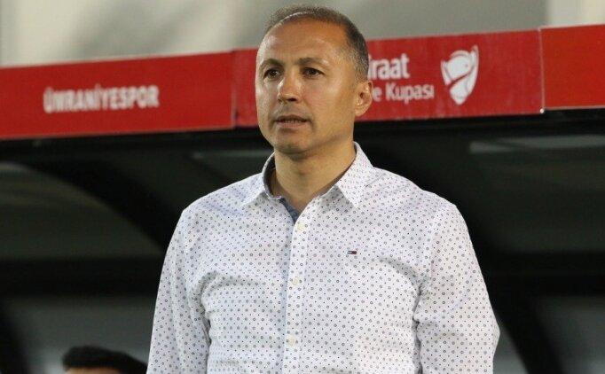 Ümraniyespor'dan kupa yorumu; 'Kupanın rengi olduk'