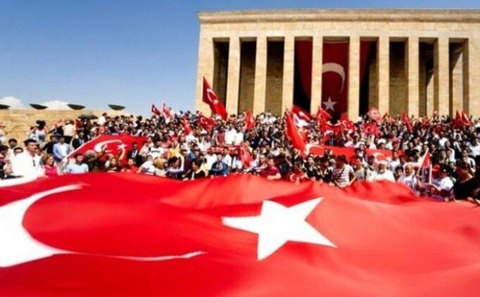 30 Ağustos Zafer Bayramı için Atatürk ile ilgili paylaşımları
