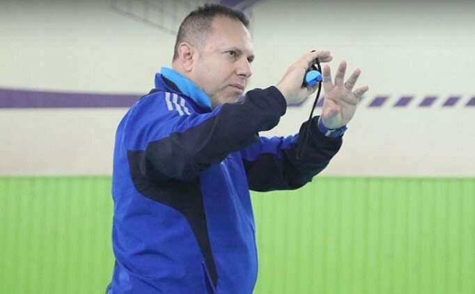 Türk antrenör, Kazakistan'ı elemelere hazırlayacak