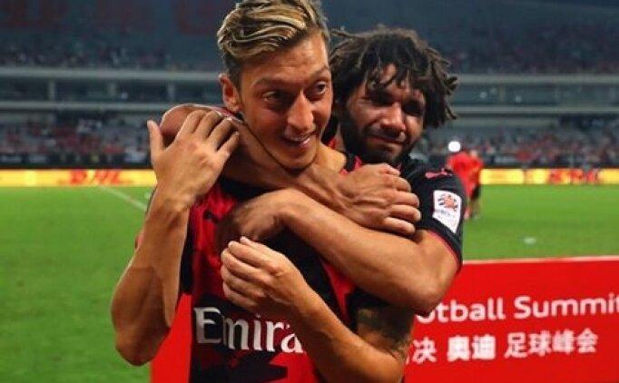 Elneny; 'Mesut Özil'i Beşiktaş'a çağırdım'