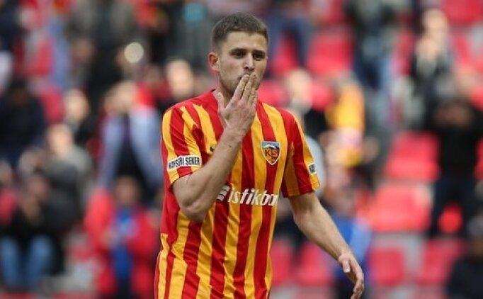 Denizlispor,  Kayserispor'dan Artem Kravets'i istiyor