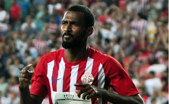 Trabzonspor'dan iki transfer hamlesi