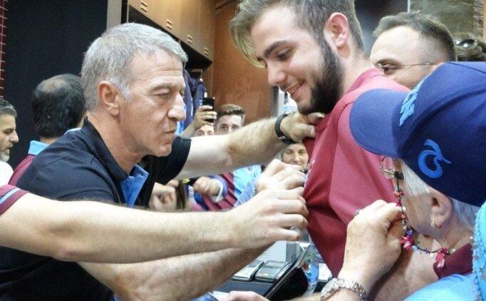 Ahmet Ağaoğlu, Obi Mikel'e 150 forma sattı!