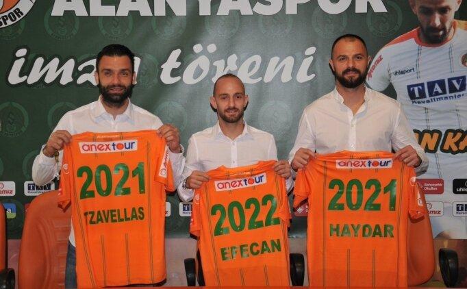 Alanyaspor'da 3 isim yeni sözleşme imzaladı