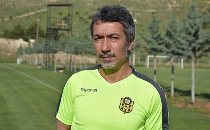 Ali Ravcı: 'Haftayı 3 puanla kapattığımız için mutluyuz'