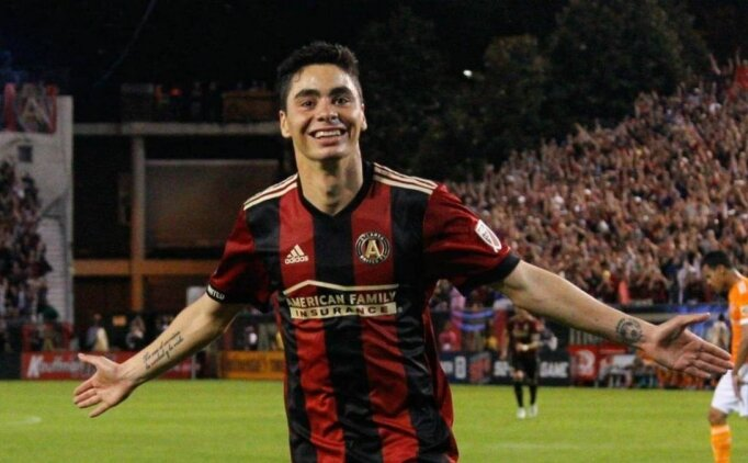 Newcastle United, Almiron'u transfer etti