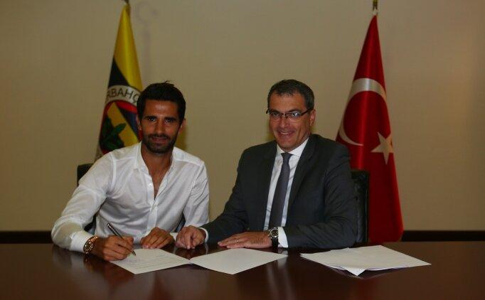 Alper Potuk, Fenerbahçe ile 'indirimli' sözleşme imzaladı