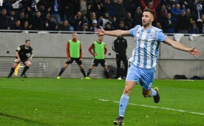 Beşiktaş'ta forvete yeni aday: Sporar