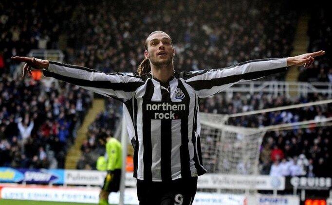 Andy Carroll yeniden Newcastle'da