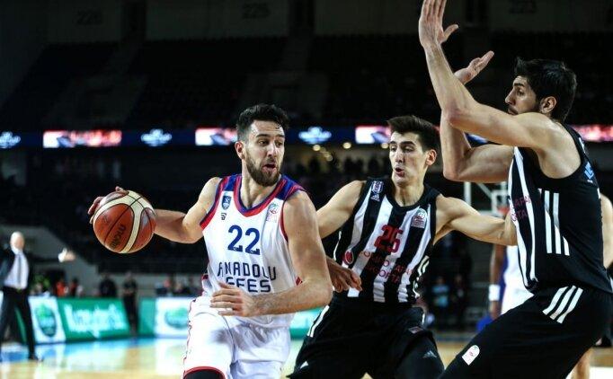 Türkiye Kupası'nda ilk finalist Anadolu Efes!