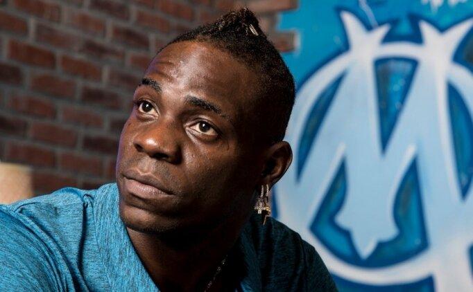 Balotelli'den Afrika isyanı: 'Nasıl zengin ve aç?! Susuyorlar!'