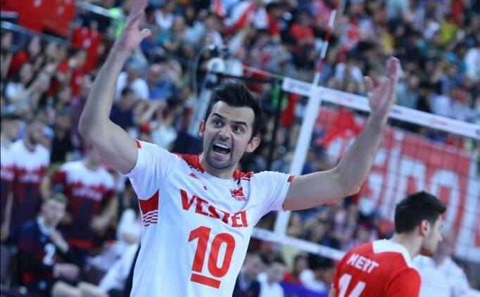 A Milli Erkek Voleybol Takımı Altın Lig'de 4'te 4 yaptı