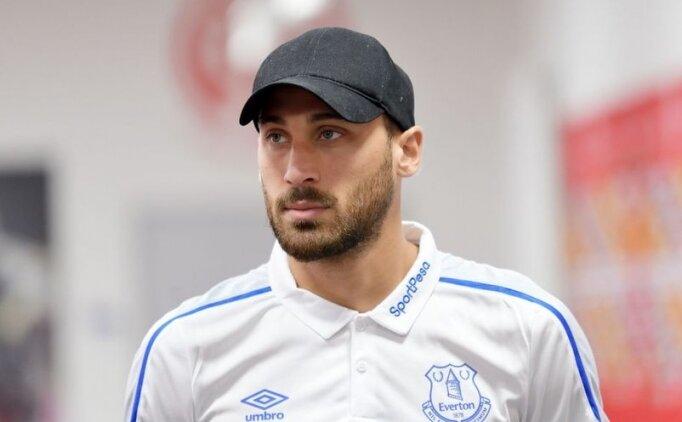 Cenk Tosun, Everton'ı ikiye böldü!