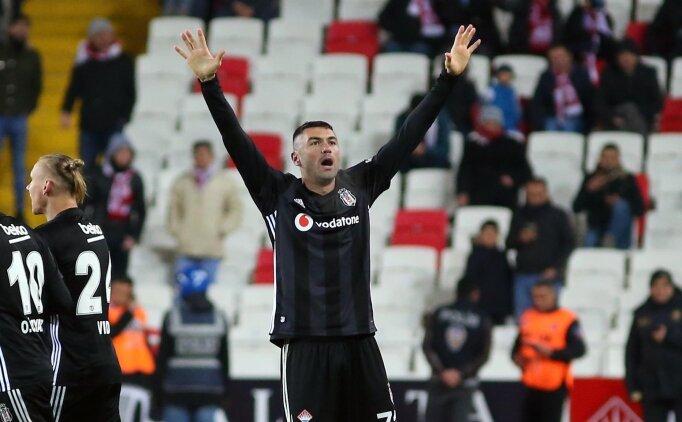 Beşiktaş'ta Burak Yılmaz için 2019-2020 kararı