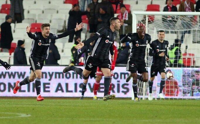 Burak Yılmaz, Beşiktaş'a hayat verdi!