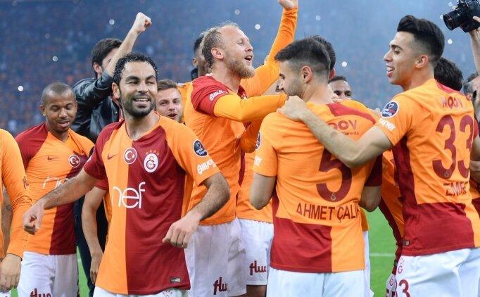Galatasaray'dan 'krizler' arasında çifte kupa!