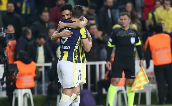Fenerbahçe'de Galatasaray maçı öncesi kart tehlikesi