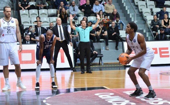 Beşiktaş evinde farklı mağlup oldu