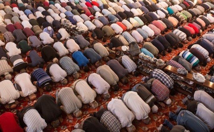 Ankara'da 13 Eylül Cuma Cuma namazı saat kaçta? Ankara Cuma Namazı saatleri ilçelere göre
