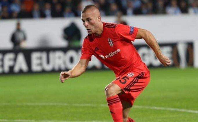 Beşiktaş'ta yeni sezon öncesi ilk ayrılık belli oldu