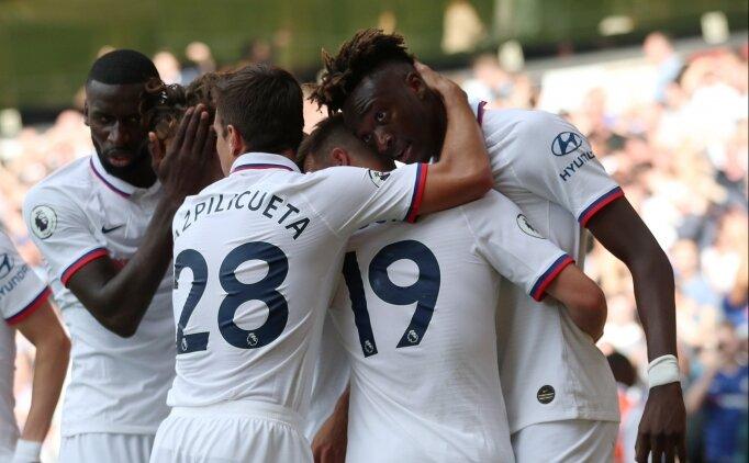 Abraham tarihe geçti, Chelsea deplasmanda 5 attı!