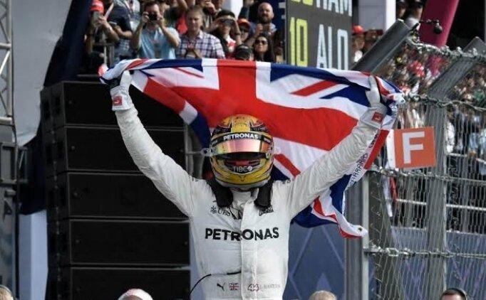 Formula 1'de şampiyon: Lewis Hamilton!