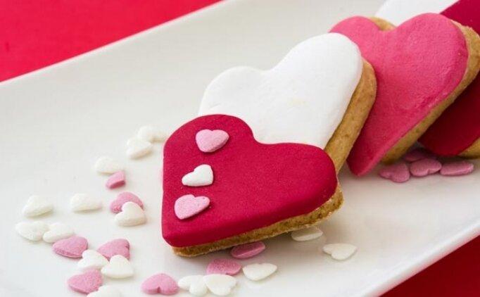Resimli Sevgililer günü mesajları, Sevgililer Günü şiirleri, sözleri