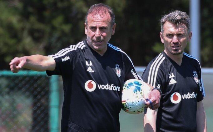 Beşiktaş'ta Orhan Ak istifa etti