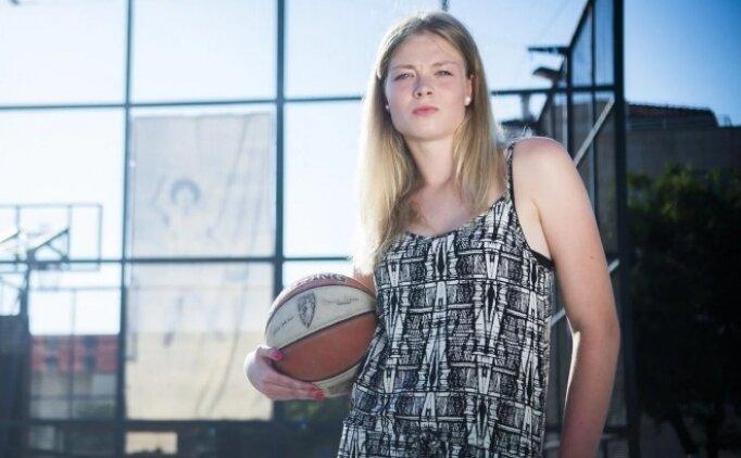 Kayseri Basketbol, Klaudia Perisa ile anlaştı