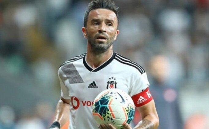 Beşiktaş'ta Gökhan Gönül şoku yaşanıyor