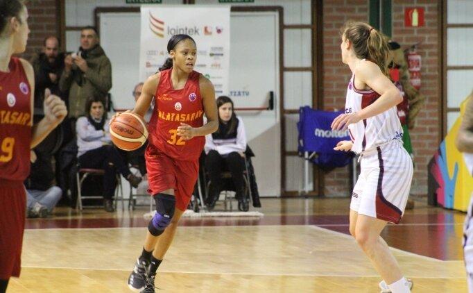 Kadınlar basketbolda derbi heyecanı