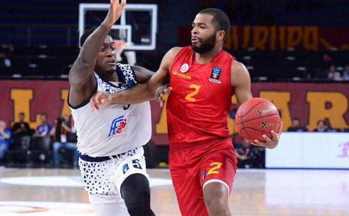Galatasaray Erkek Basketbol'da 3 basketbolcunun sözleşmesi uzatıldı
