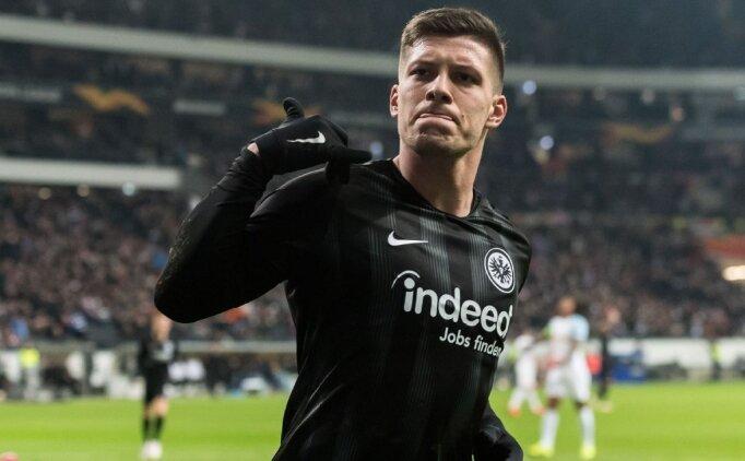 Barça, 21'lik Sırp forvetten transfer sözü aldı!
