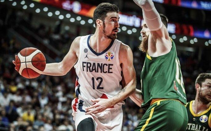 Fransa, De Colo'nun yıldızlaştığı maçta bronz madalyayı kaptı!