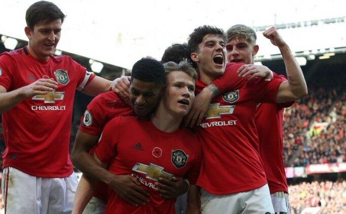 Manchester United araya moralli girdi