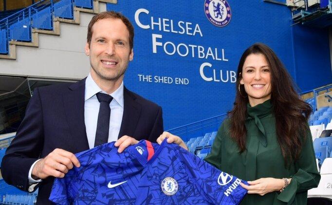 Petr Cech futbola geri döndü: 'Acil durum kalecisi'