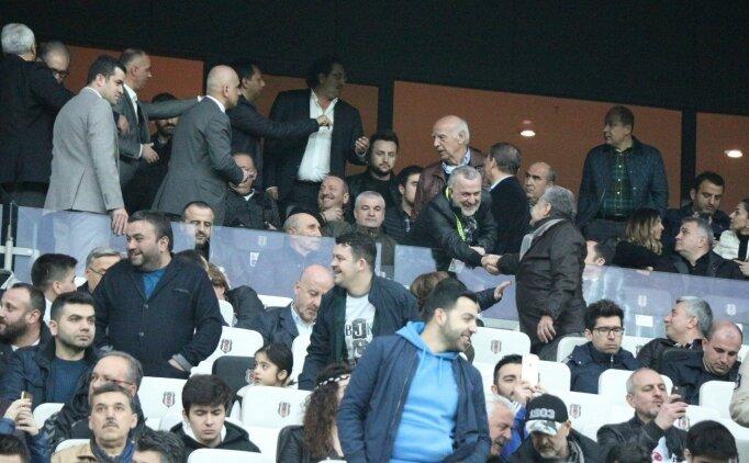 Beşiktaş - Konyaspor maçını iki teknik adam izledi!