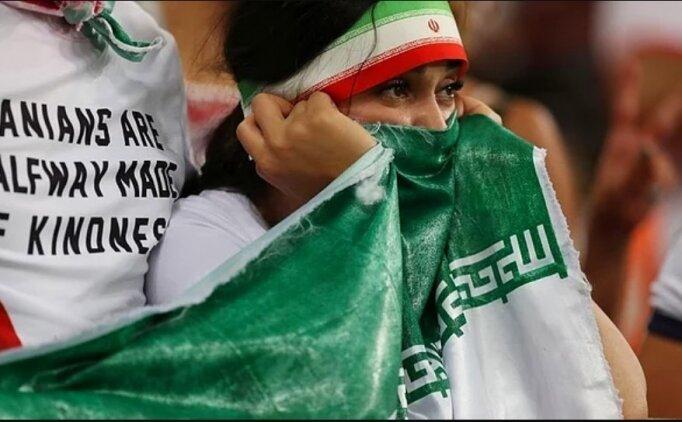 İran'da kendini yakan kadın taraftar hayatını kaybetti