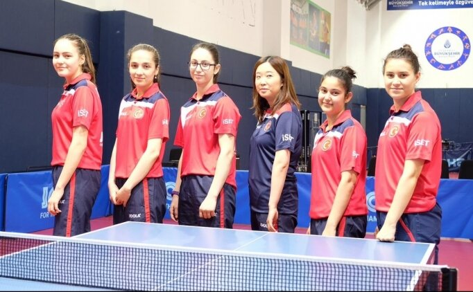 Masa tenisinde milli takımlar finalleri garantiledi