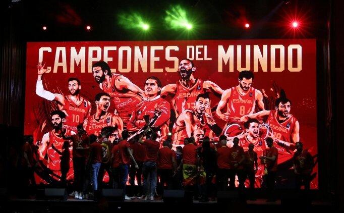 İspanya'ya 'Kral' karşılama!