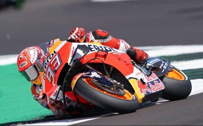 MotoGP'de heyecan Malezya'da sürecek