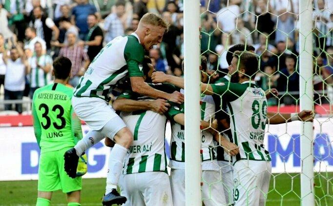 Konya'da üç gol, iki kırmızı ve gerginlik