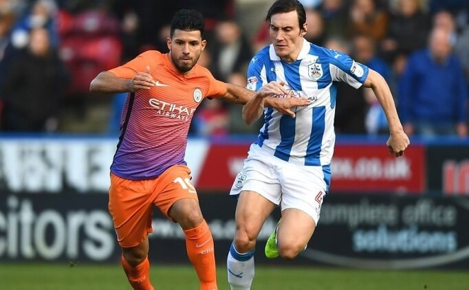 Huddersfield Town Manchester City canlı izle hangi kanalda! M.City maçını veren kanallar