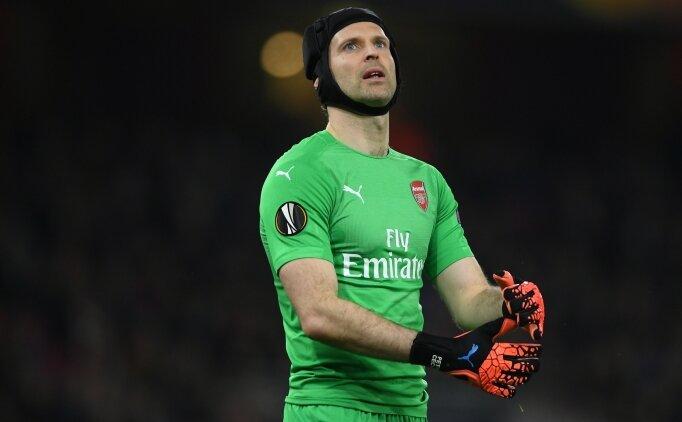 Petr Cech, Chelsea'ye geri dönüyor!