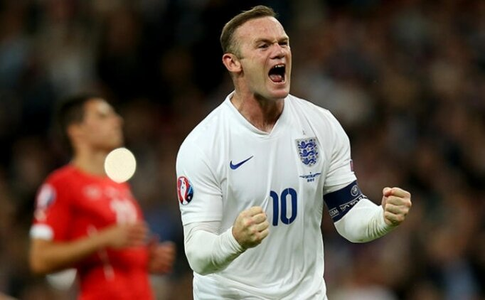 Rooney'nin Guardiola iddiası; 'Her şeyi kazanırdık'