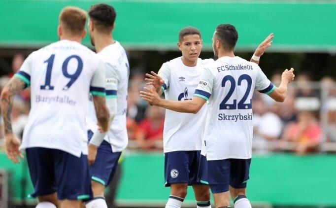 Schalke'de Ozan yok, diğer Türkler iş başında!