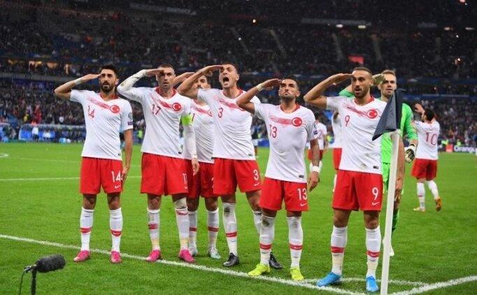 Milli Takımımızın Asker Selamı'nı UEFA yayınlatmamış!