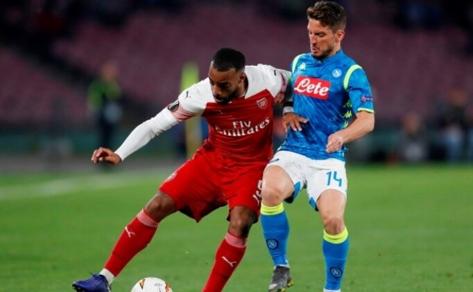 Arsenal, Napoli'de fişi erken çekti!