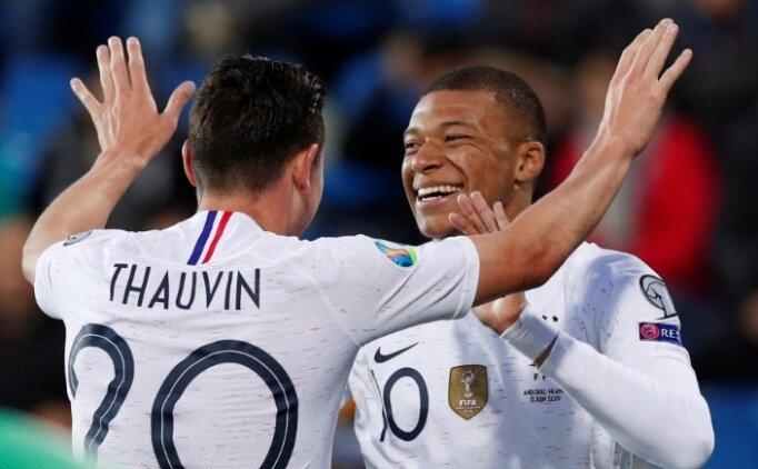 Fransa, Andorra'ya patladı! 4 gol...